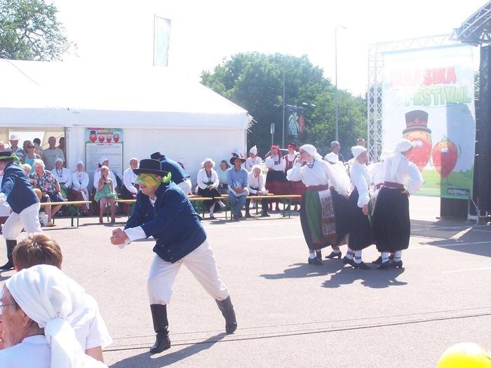 Maasikafestivalil, Mulgikuul Ülemistel
