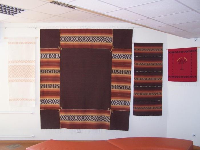 Viivi Adamsoni tekstiil ja maalid