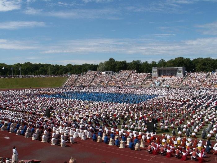 XVIII Üldtantsupidu Tallinnas