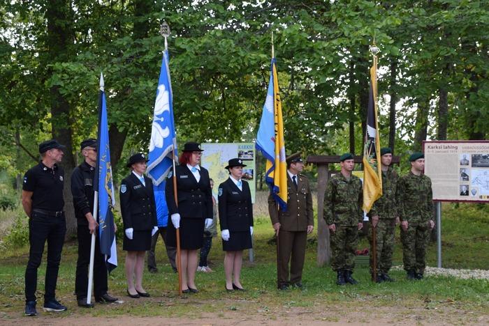 Karksi lahingu mälestuskivi avamine